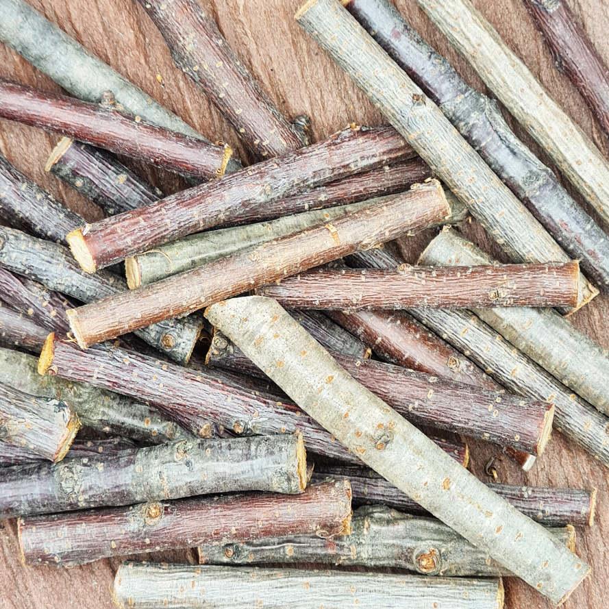Knabberholz vom Kirschbaum